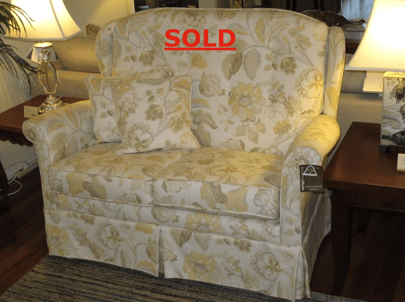 CLEARANCE MELBOURNE 2 SEATER