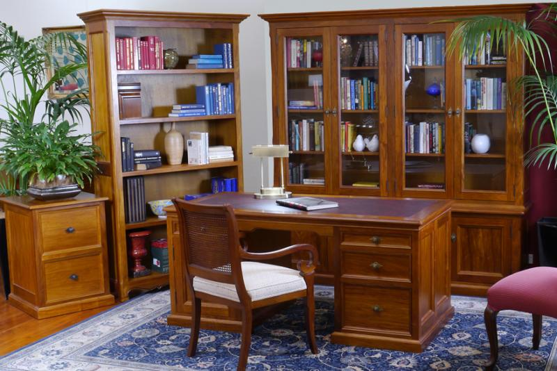 TRADITIONAL STYLE HOMEOFFICE FURNITURE