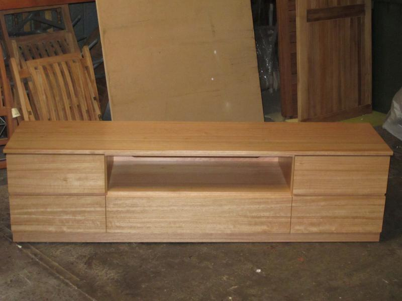 MONTROSE TV AUDIO ENTERTAINMENT UNIT TV STAND TASMANIAN OAK