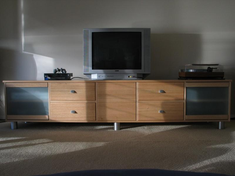 CLIFTON SPECIAL DESIGN TV AUDIO ENTERTAINMENT UNIT TV STAND TASMANIAN OAK