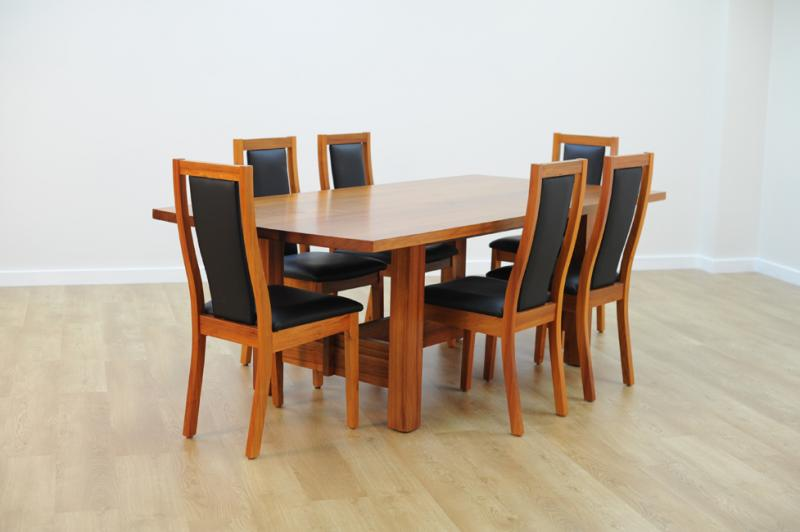 BRONTE DINING TABLE
