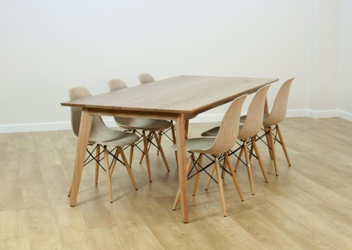 SHANNON DINING TABLE