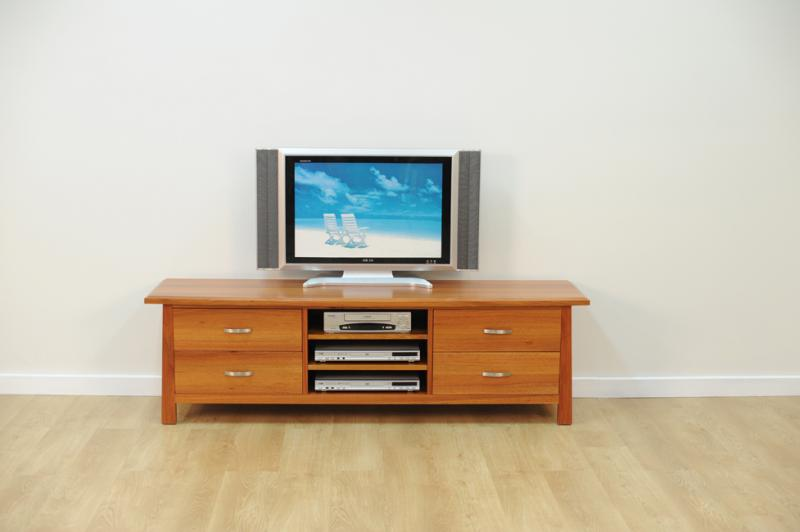 CLAREDON ENTERTAINMENT UNIT
