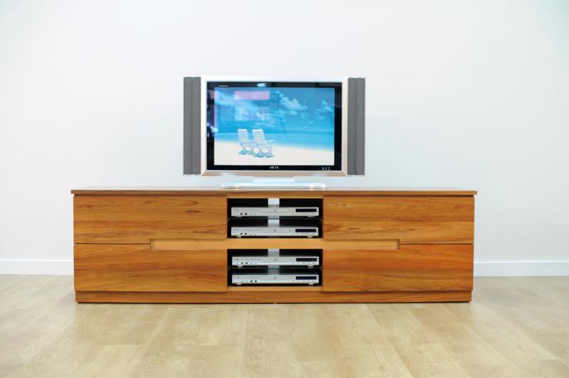ESK ENTERTAINMENT UNIT