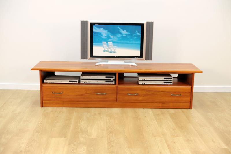 RIVIERA ENTERTAINMENT UNIT