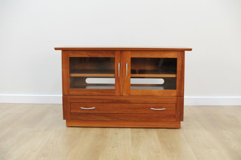 ROSEMOUNT ENTERTAINMENT UNIT