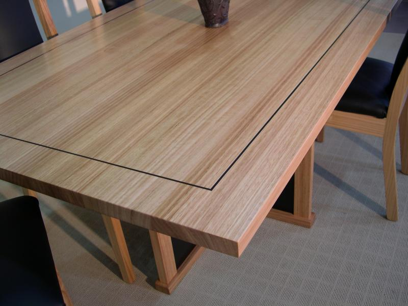 OSLO DINING TABLE WITH INLAY