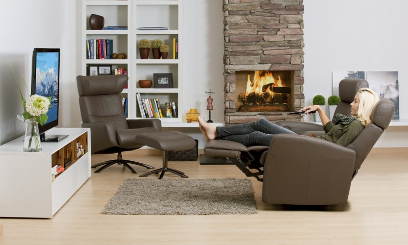 IMG LEATHER DIVANI AND SPACE RECLINER CHAIRS