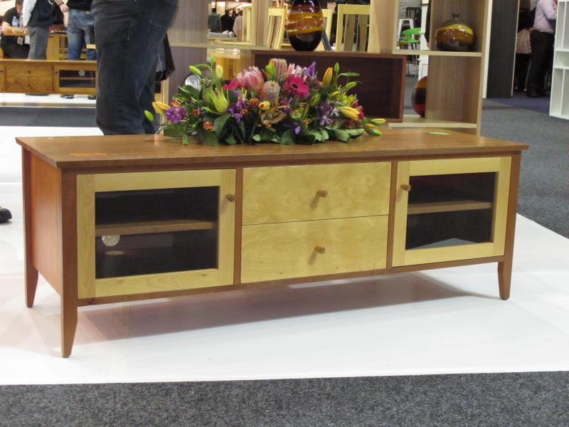 TALL TIMBERS MYRTLE AND HUON PINE TV UNIT TV STAND ENTERTAINMENT STEREO AUDIO