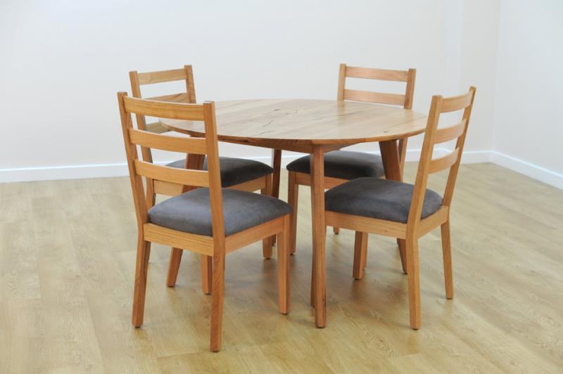 SHANNON ROUND DINING TABLE